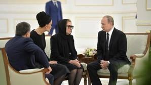 Putin rinde homenaje al fallecido dictador uzbeko, Islam Karimov