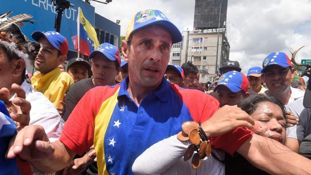 El líder opositor, Henrique Capriles, durante un acto electoral en Caracas