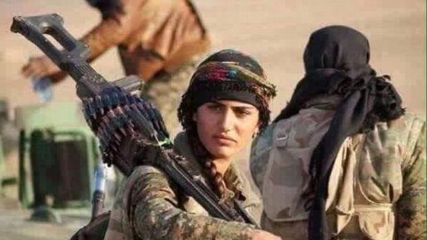 Asia Ramazan Antar, la «Angelina Jolie kurda», murió la semana pasada cuando combatía contra Daesh