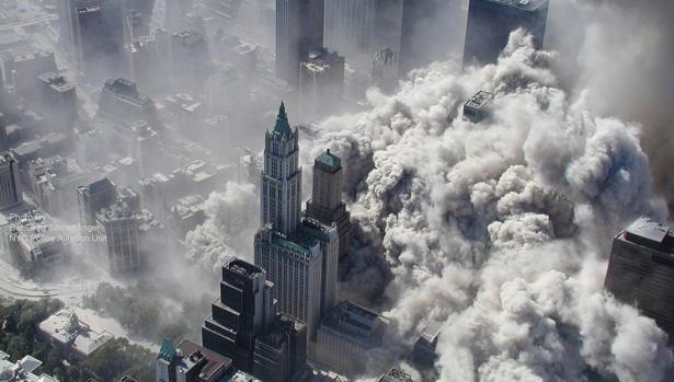 Fotografía de archivo tomada el 11 de septiembre de 2001 por el Departamento de Policía de Nueva York