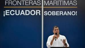 Rafael Correa llama a los soldados del Ejército ecuatoriano a rebelarse