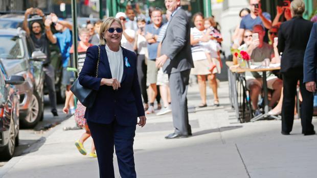 Hillary Clinton goza de «buena salud y está apta para ser presidenta de Estados Unidos»