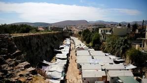 Una protesta contra un campo de refugiados en la isla griega de Quíos se convierte en una batalla campal