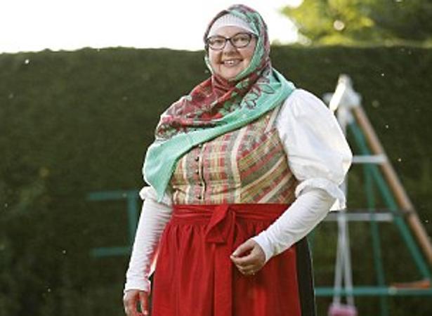 Renate Hoffmann luce el nuevo traje musulmán