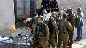 Las fuerzas israelíes matan a tiros a tres asaltantes palestinos en un nuevo repunte de la ola de ataques