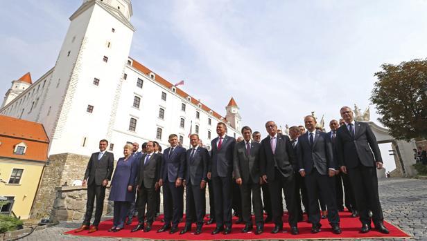 Foto de familia de la cumbre informal de los líderes europeos en Bratislava