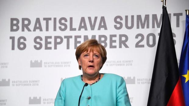 La canciller alemana, Angela Merkel, durante su comparecencia en Bratislava