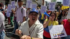 La oposición se moviliza contra la Cumbre de los Países No Alineados y por el revocatorio