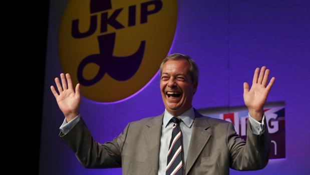 Farage, ayer, durante un discurso en la conferencia de otorño del Ukip, en in Bournemouth, sur de Inglaterra