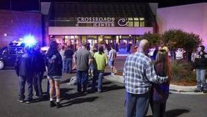 Un hombre hiere a ocho personas con un cuchillo en un centro comercial de Minnesota