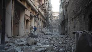 Al menos 20 muertos en el bombardeo a un convoy de ayuda humanitaria en la provincia siria de Alepo