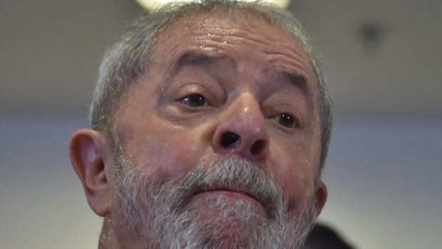 El expresidente brasileño Lula da Silva, durante una rueda de prensa en Sao Paulo