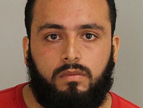 Fotografía facilitada por la Fiscalía de Nueva Jersey que muestra al residente Ahmad Khan Rahami, de 28 años, tras su detención