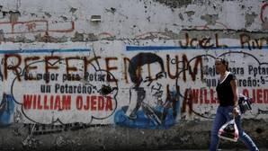 La oposición pide tomar la calle tras el retraso del revocatorio a Maduro