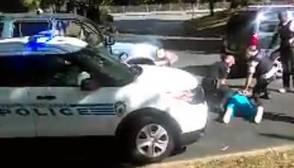 La esposa del negro asesinado en Charlotte suplicó a la Policía que no disparara: «¡No va armado!»