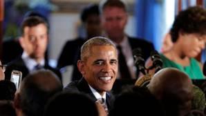 Nuevos documentos del FBI revelan que Obama usó un seudónimo en el caso de los correos filtrados