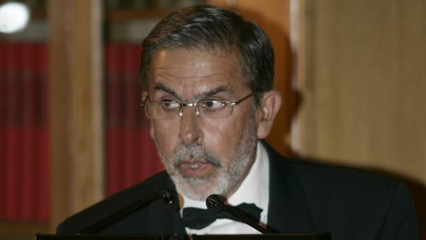 Jose Antonio Saraiva fue galardonado con el premio Luca de Tena en 2004
