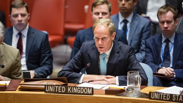 Matthew Rycroft, representante británico ante la ONU se dirige al Consejo de Seguridad