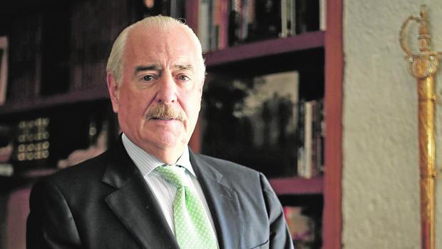 El expresidente colombiano Andrés Pastrana, durante la entrevista en su despacho de Bogotá