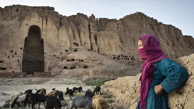 Lugar donde se erguía una de las estatuas de Buda en Afganistán, destruida por los talibanes