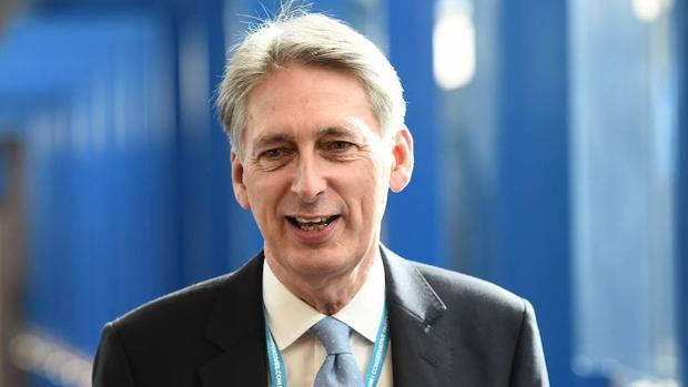 El ministro británico de Economía, Philip Hammond