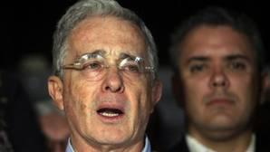 Uribe aboga por un «gran pacto nacional» tras el triunfo del «no» en Colombia