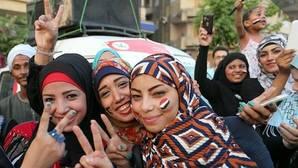 Test de virginidad a universitarias: la última propuesta política contra la mujer en Egipto