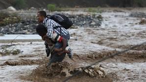 El huracán Matthew deja 102 muertos en Haití y obliga a aplazar las elecciones