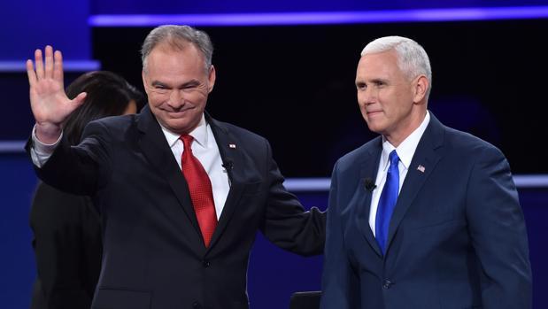 El candidato demócrata a la vicepresidencia, Tim Kaine, y el republicano Mike Pence