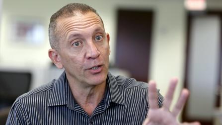 El exfiscal venezolano Franklin Nieves, durante una entrevista en Miami
