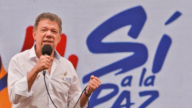 Juan Manuel Santos, en un acto de la campaña electoral previa al plebiscito que perdió