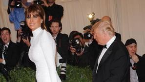 Melania Trump tilda de «inaceptables y ofensivas» las palabras de su esposo