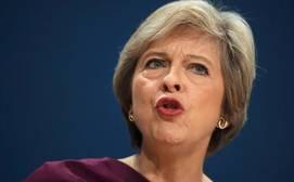 May retira su plan de exigir listas de empleados extranjeros
