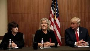 Trump lleva al debate a cuatro mujeres que acusan de acoso sexual a Bill Clinton