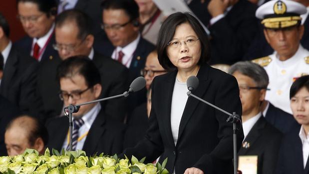 La presidenta de Taiwán, Tsai Ing-wen, durante el discurso