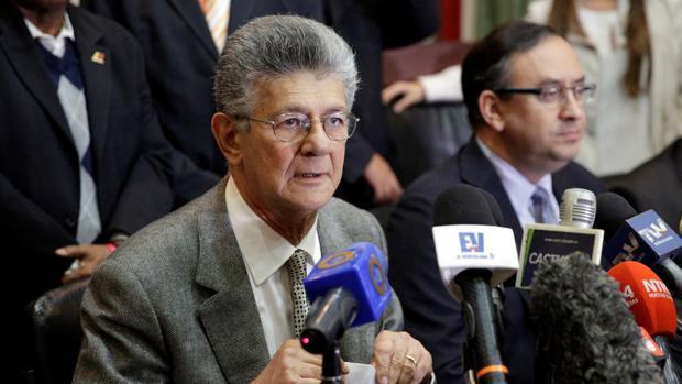 Henry Ramos Allup, durante una rueda de prensa en la Asamblea Nacional, la semana pasada en Caracas