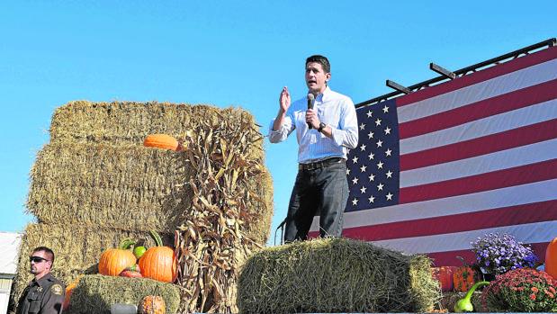 Paul Ryan pronuncia un discurso en un mitin del partido republicano durante el festival de Otoño de Wisconsin