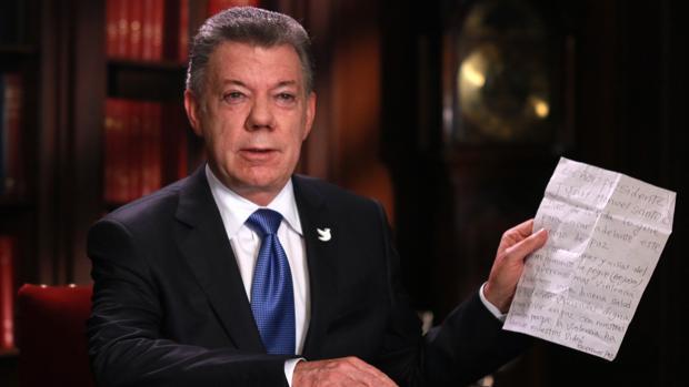 Juan Manuel Santos, tras el anuncio de las negociaciones