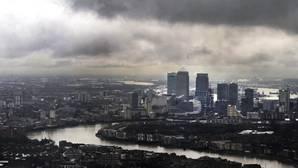 Un informe filtrado del Gobierno prevé pérdidas masivas con el Brexit