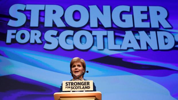 Nicola Sturgeon se dirige al congreso del SNP en Glasgow