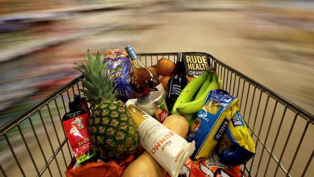 Un carro de la compra en un supermercado de Londres