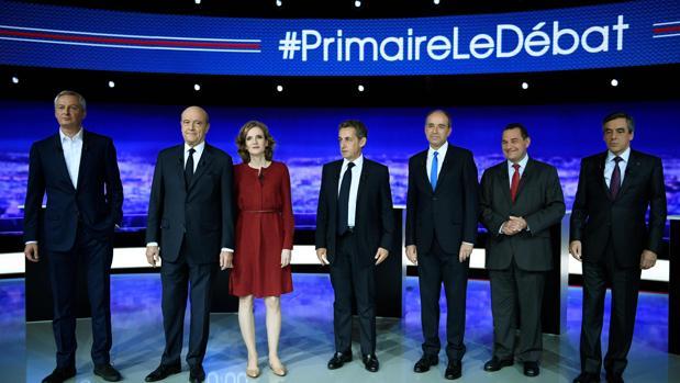 Los siete candidatos, ayer, antes de empezar el debate