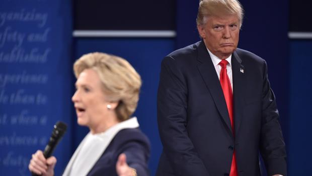 Trump sugiere que Clinton fue drogada al debate televisado