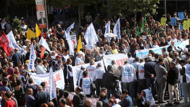 Una manifestación en Ankara para protestar por el estado de emergencia