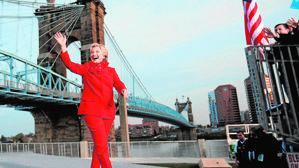 Clinton echa el resto y ofrece una cartera en su gobierno a Michelle Obama