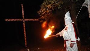 El «periódico» del Ku-Klux-Klan pide el voto para Donald Trump