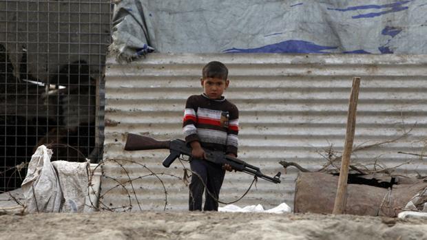 El secuestro de niños para reclutarlos es una práctica habitual de los yihadisats en Irak