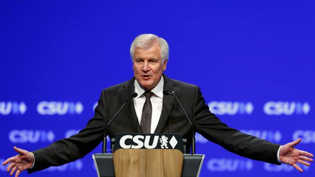 Horst Seehofer, durante el congreso de la CSU celebrado en Múnich
