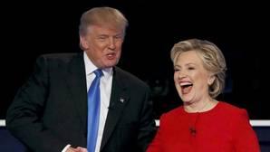 Clinton mantiene a Trump a más de tres puntos a dos días de la jornada electoral