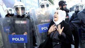 El partido prokurdo turco suspende sus actividades en el Parlamento